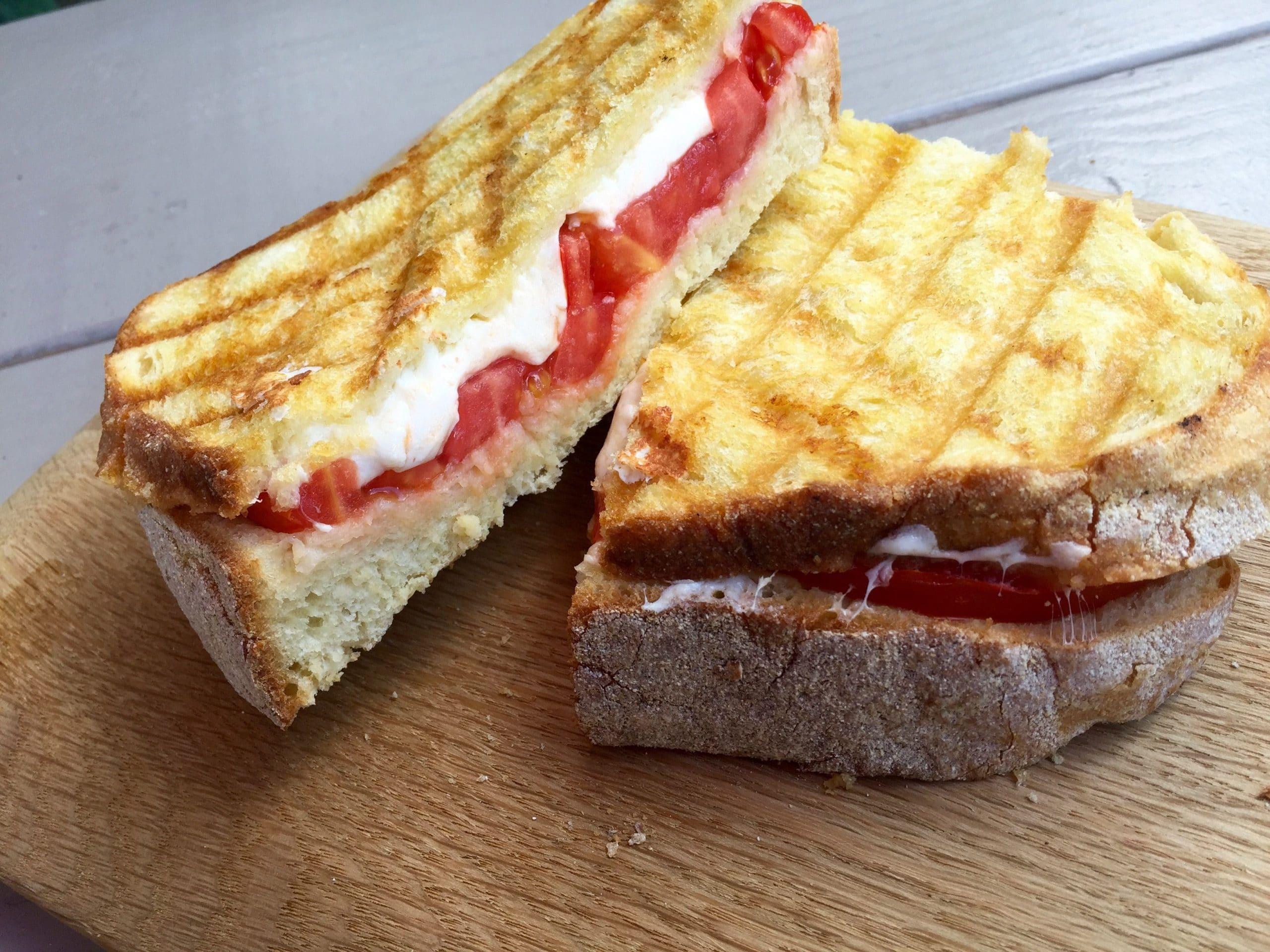 tomato mozzarella panini