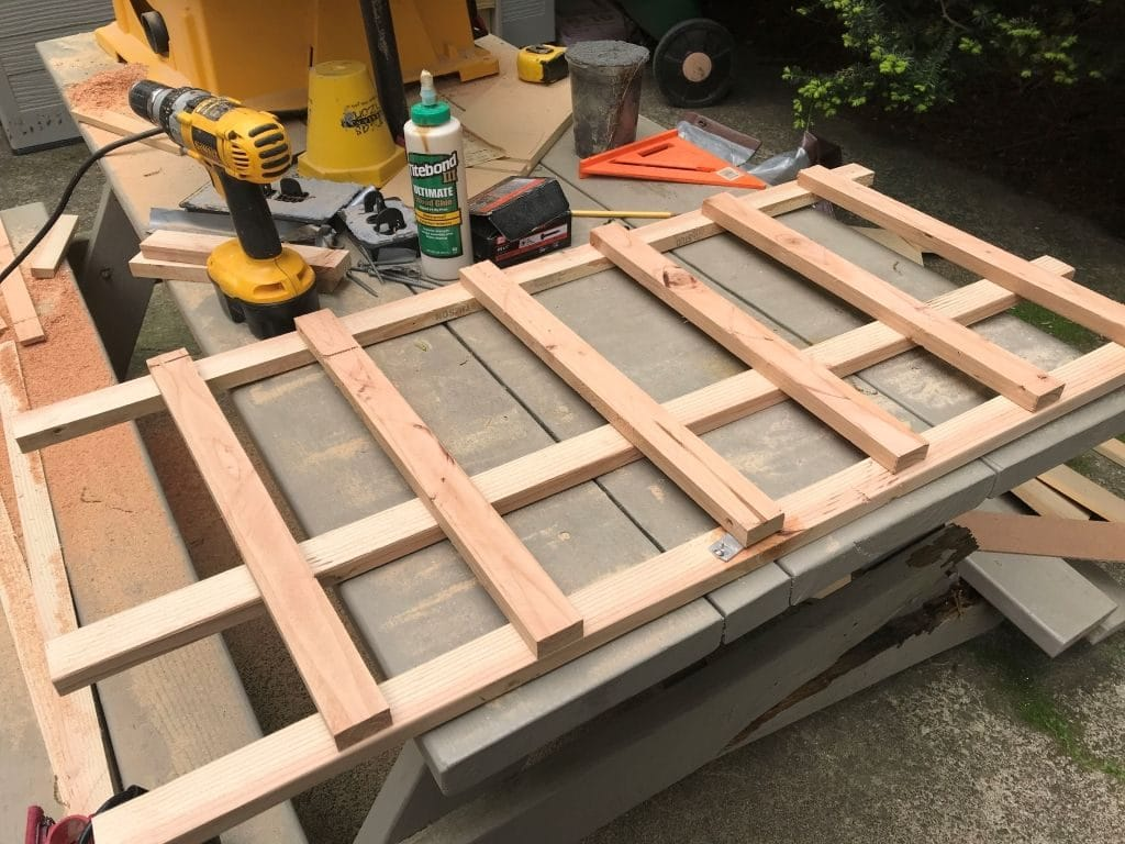 Potting Bench Lattice